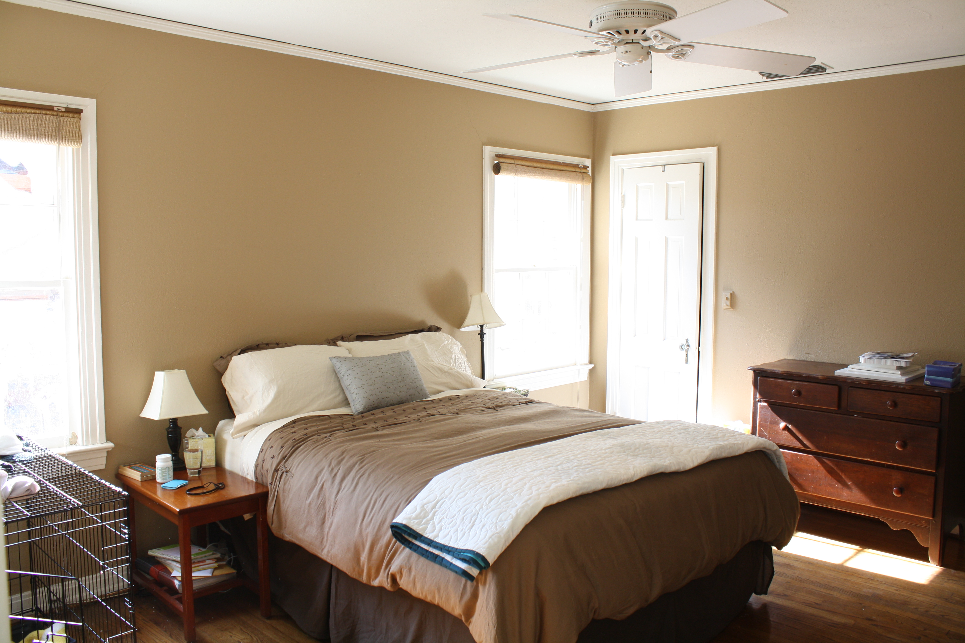 Warm neutral paint colors 2012 for Warm neutral wall colors
