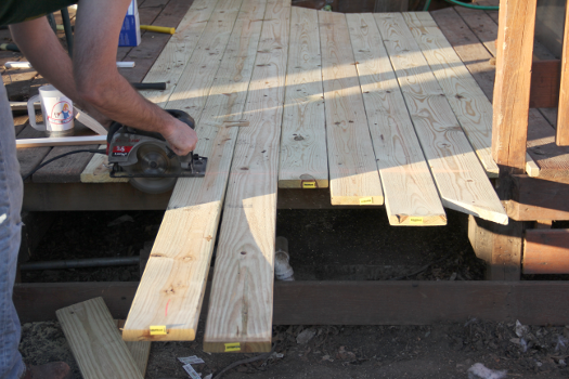 how to trim deck boards