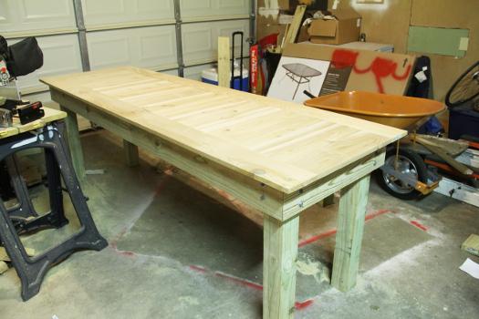 Cedar Outdoor Table DIY