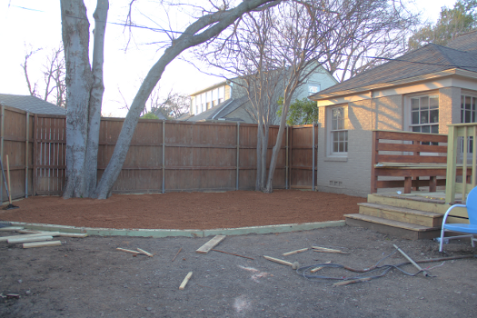 Little House. Big Heart. - Decomposed Granite Patio How To