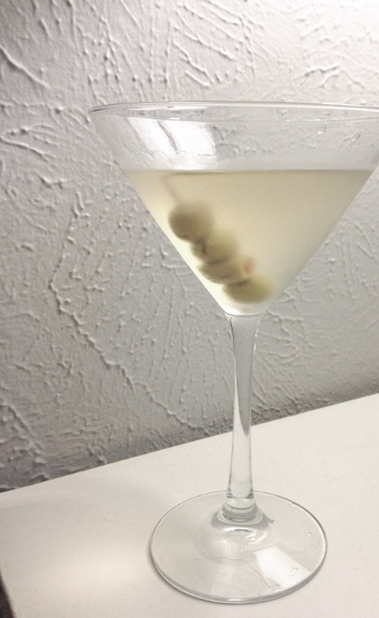 Classic Dirty Gin Martini