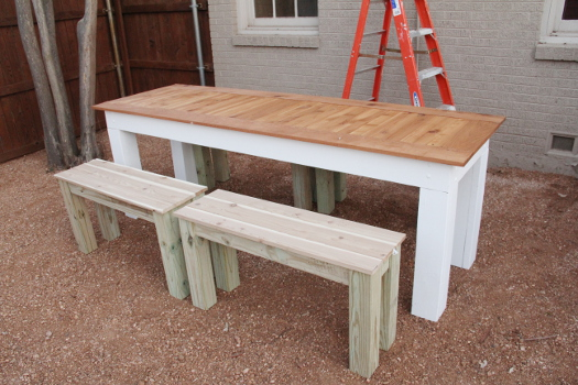 DIY Outdoor Table and Benches