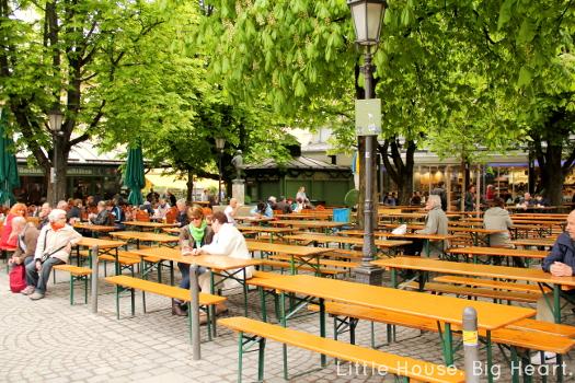 Munich Viktualienmarkt 1